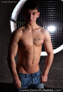 AndysBestSites Dark And Gorgeous Gay Twink Kyle